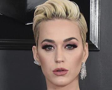 """El lío con Katy Perry es por el tema """"Dark Horse""""."""