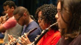 Parte de los jóvenes músicos de la Sinfónica.  FUENTE EXTERNA