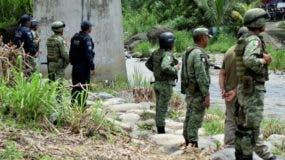 México desplegó  tropas en su  frontera con Guatemala.