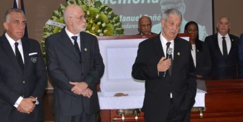 Deportistas le rinden tributo a Nelly Doñé
