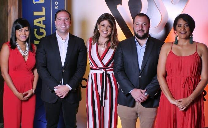 Carolina Fernández, Gustavo Rivas, Patricia Ramela, Alejandro Rivas  y Miosotis Rossi.