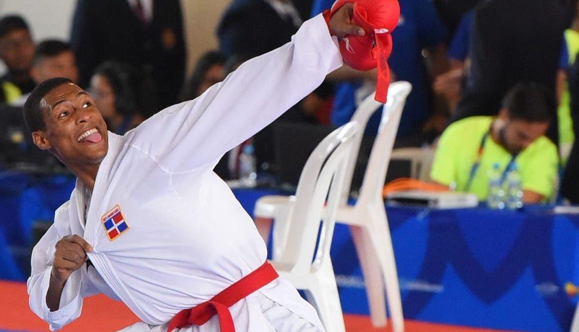 Deivis Ferreras en sesión de prácticas con miras a su participación en los Panam.