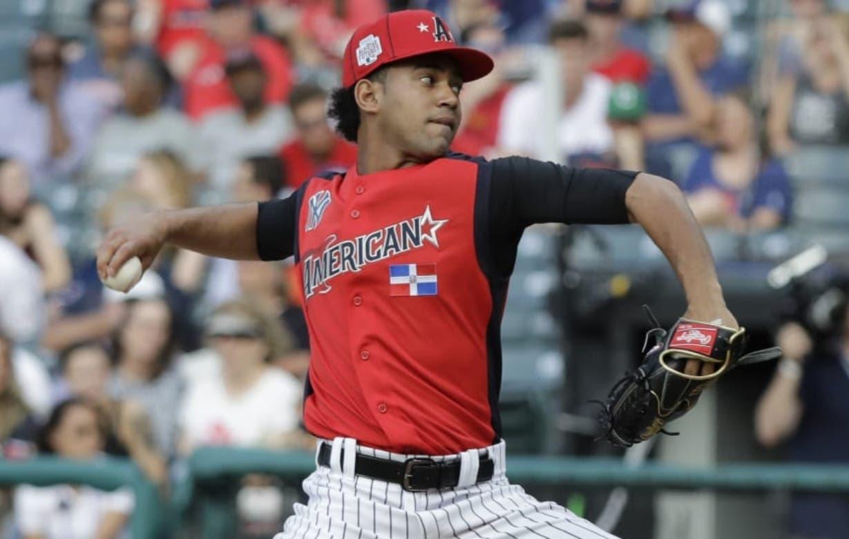 Deivi García es   cuarto mejor prospecto en  sistema de finca de los Yankees de New York.  AP