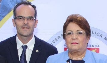 Fabrice Piazza y  Alejandrina Germán.