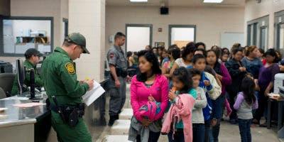 La normativa fue presentada por el Departamento de Justicia y el de Seguridad Nacional. La orden se da a conocer el mismo día en el que estaba previsto que el presidente guatemalteco, Jimmy Morales, se reuniera con su colega estadounidense, Donald Trump, en la Casa Blanca entre rumores acerca de la posibilidad de que firmara un acuerdo para convertir a Guatemala en tercer país seguro para los migrantes que buscan el asilo en EE.UU.