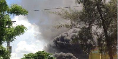 El incendio que afectó las instalaciones de la JCE ocurrió el pasado domingo.-