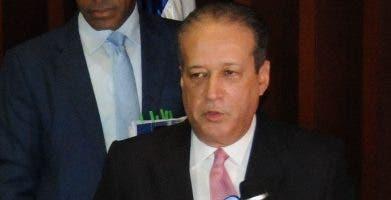 Reinaldo Pared Pérez, presidente del Senado.