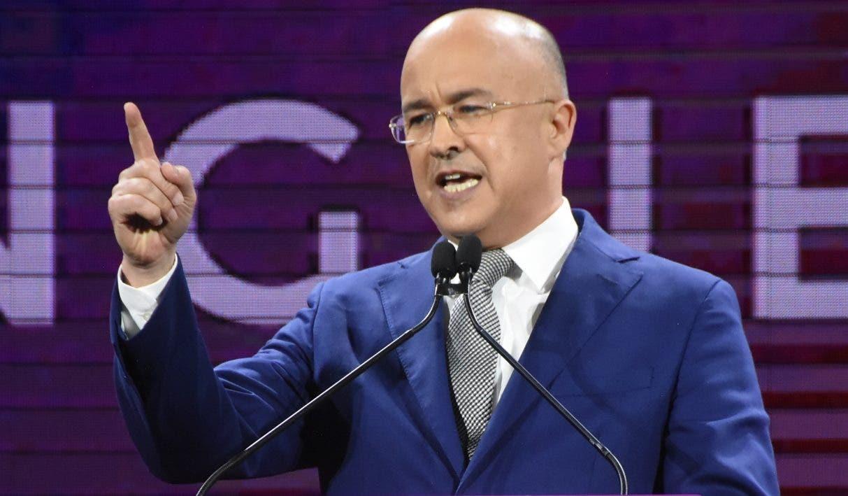 Francisco Domínguez Brito  ponderó la gestión de  Danilo Medina.  Alberto Calvo