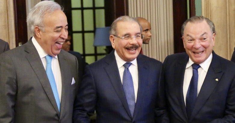 Félix García, Danilo Medina y Frank Rainieri. fuente externa