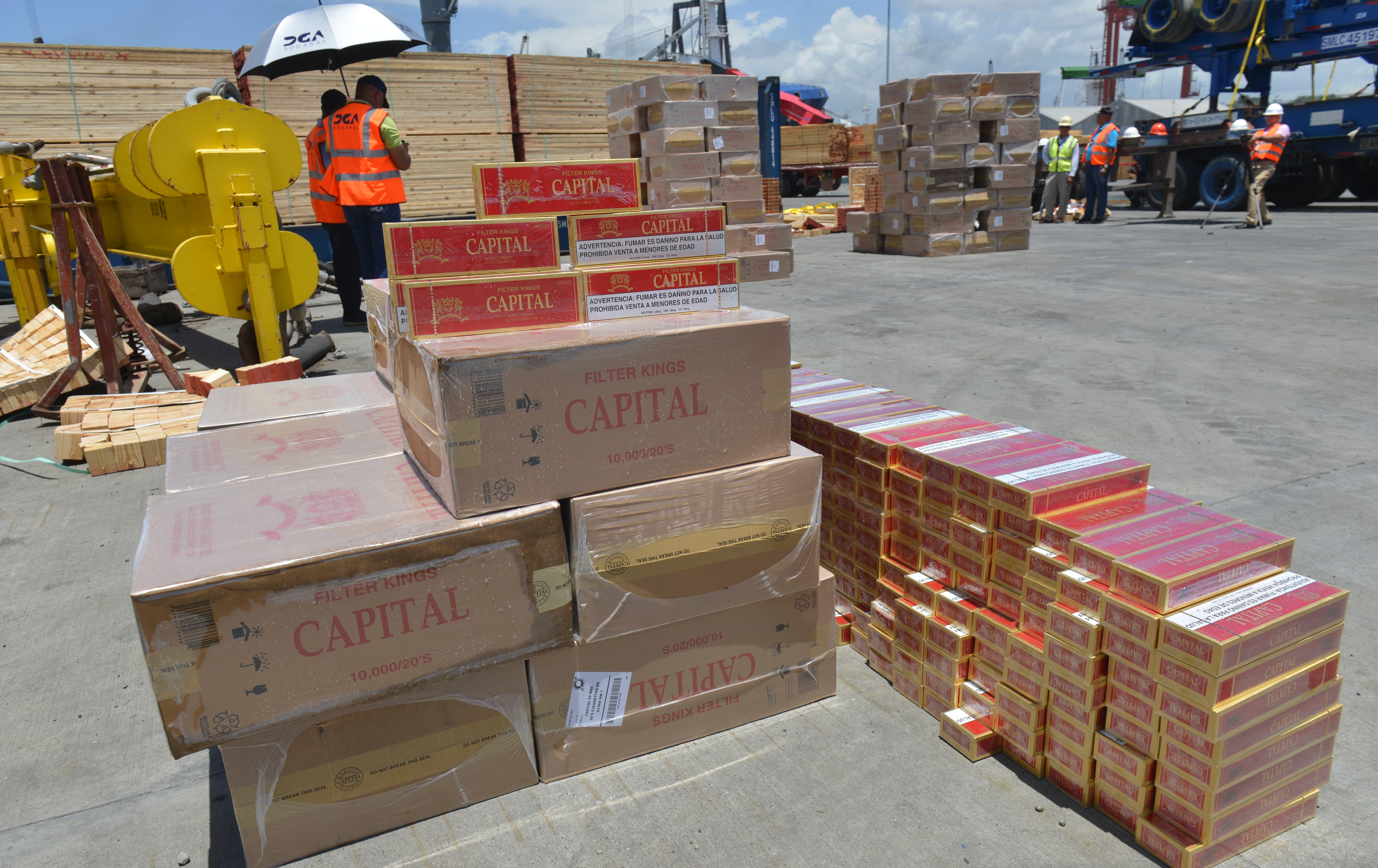 Aduanas decomisa más de 5 millones de cigarrillos en puerto de Haina Oriental