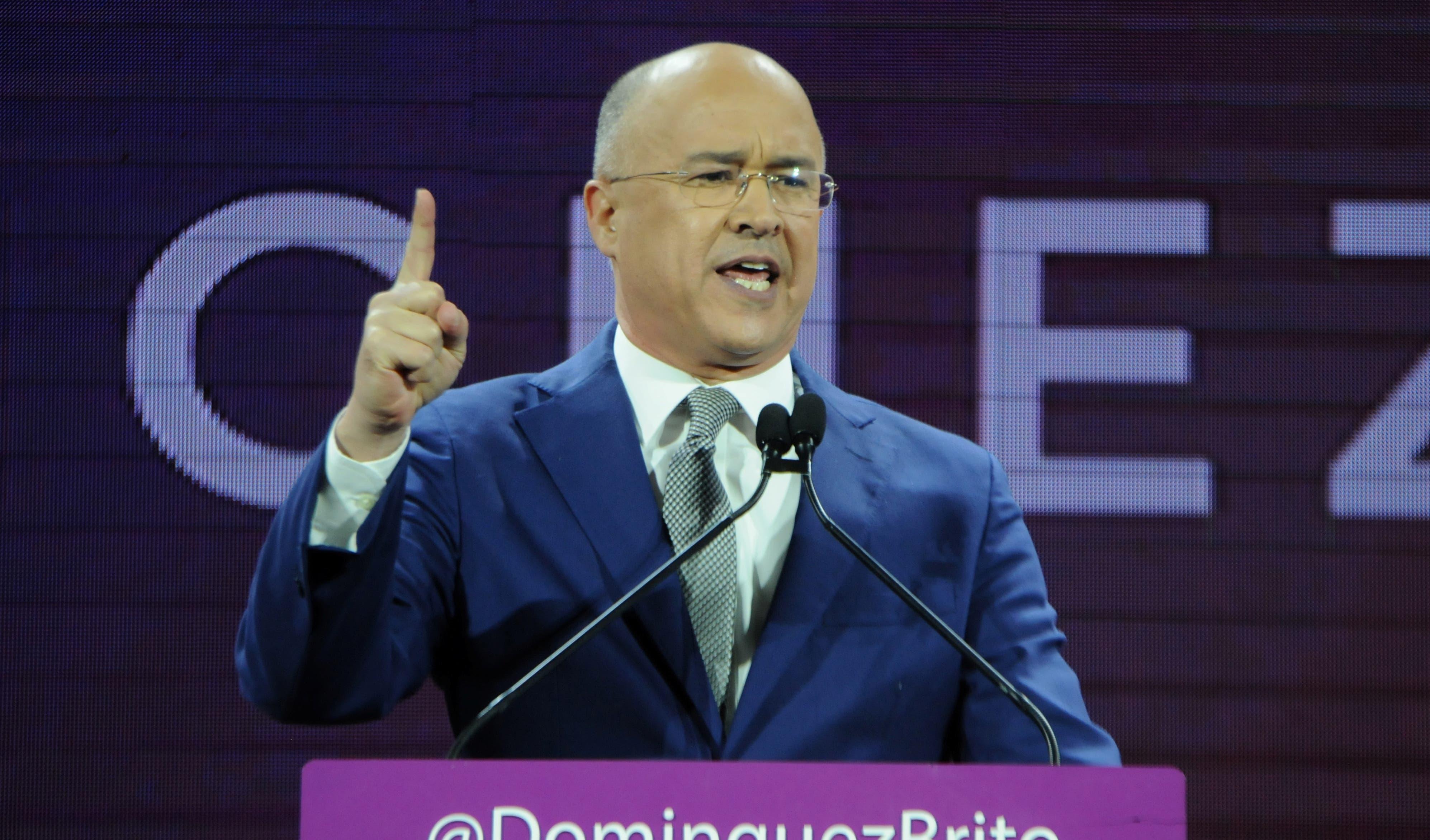 Domínguez Brito presenta su precandidatura presidencial por el PLD