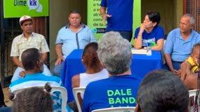 En la consulta participaron más de 100 comunitarios.