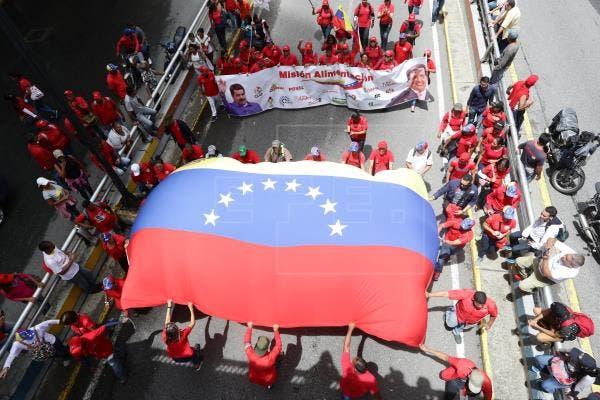 """Chavismo se manifiesta en rechazo al informe """"sesgado"""" de DDHH de la ONU"""