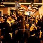 La salida del poder Ejecutivo de Rosselló se hará efectiva el próximo viernes 2 de agosto. Se trata de un hecho histórico ya que Rosselló es el primer gobernador de la isla que dimite durante su mandato y cede a la presión del pueblo.