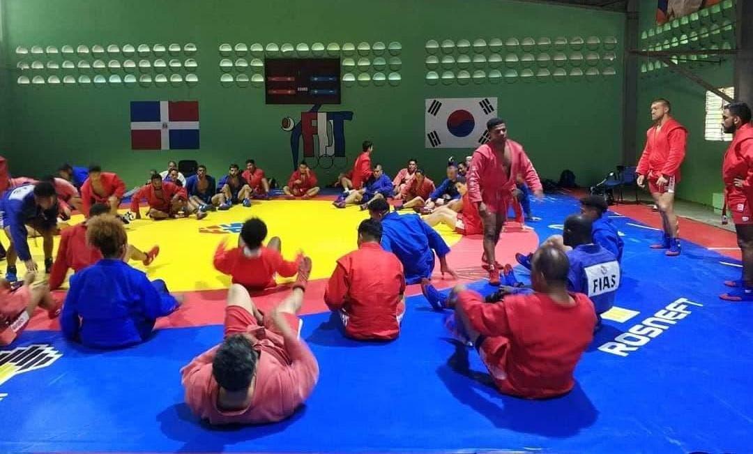 Más de 20 países en campamento de sambo en Centro Olímpico