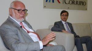 Samuel Conde y Darwin Caraballo, presidente y director ejecutivo de Educa. JOSE DE LEON.