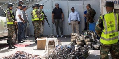 Autoridades militares incautaron una cantidad de hookah en la discoteca de la Koura.  JOSÉ DE LEÓN