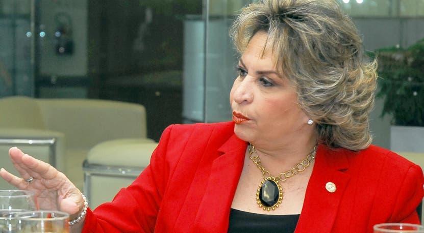 Alexandra Izquierdo, director de la Oficina de Estadística.