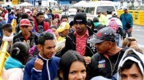 Migrantes venezolanos no podrán pagar la visa de Ecuador.