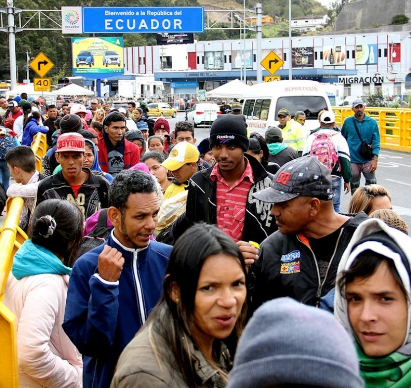 Ecuador cobrará visa humanitaria a venezolanos