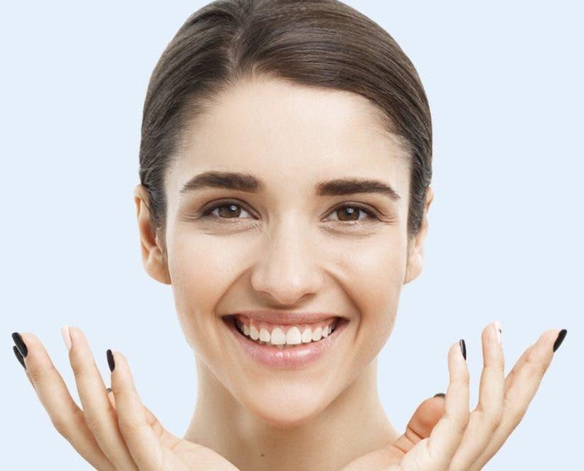 Terapia de micro punción para afirmar, levantar y rejuvenecer la piel