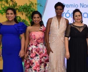 Lisbel Sánchez, Dileny Evangelista, Yubelkis Mejia y Yosarah Fernández.