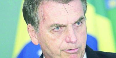 Jair Bolsonaro busca culpables de incendios.