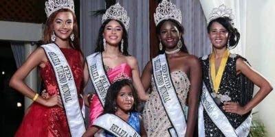 Las cinco candidatas que ganaron en diferentes categorías.