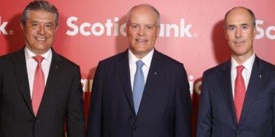 Ignacio Deschamps, Brian Porter y Gonzalo Parral.