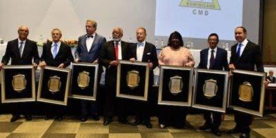 Los especialistas reconocidos por el Colegio Médico Dominicano (CMD).