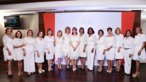 Las integrantes de la directiva de la Fundación Vida Sin Violencia (Funvida) en el lanzamiento del premio que busca provocar un impacto en la transformación de la conducta de otras personas.