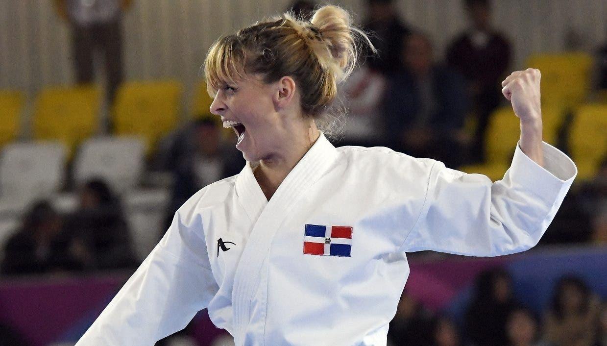 María Dimitrova en una de sus actuaciones en los Juegos Panamericanos, celebrados en Lima Perú.