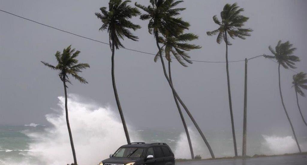 Las Antillas Menores piden precaución ante la llegada de la tormenta Dorian