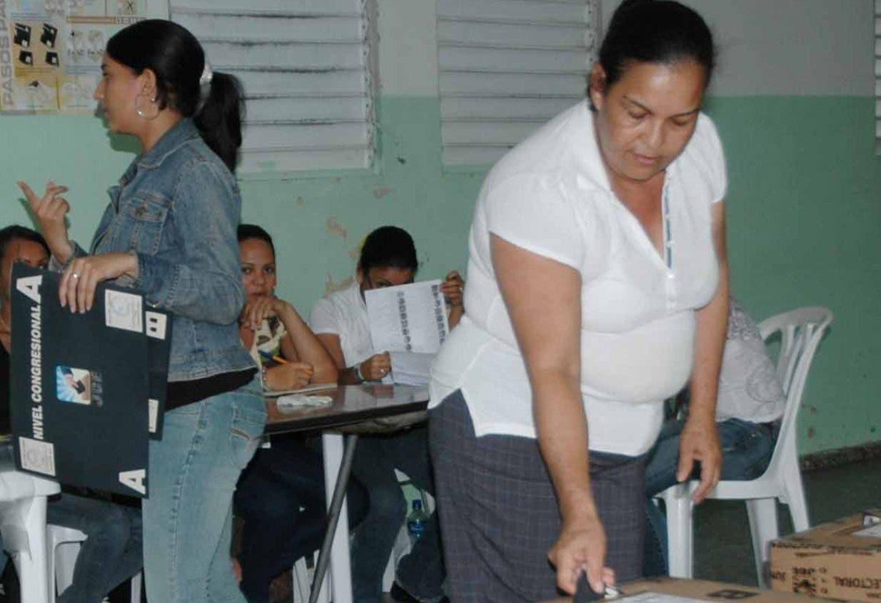 Para la celebración d e las primarias internas de los partidos la Junta compró equipos nuevos.