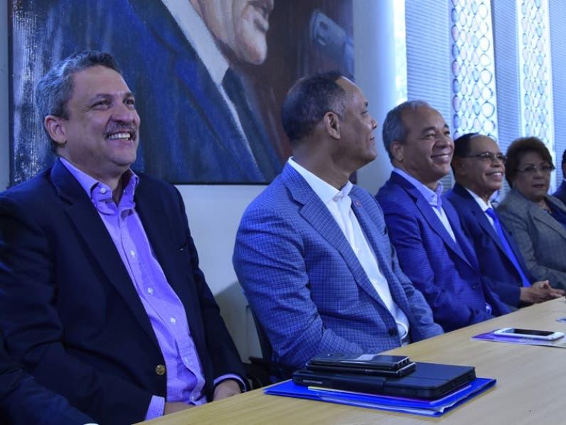 Miembros de Comisión Electoral del PLD.