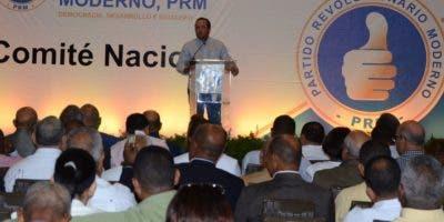 Durante la  reunión del Comité Nacional del Partido   Revolucionario Moderno. Jose De León