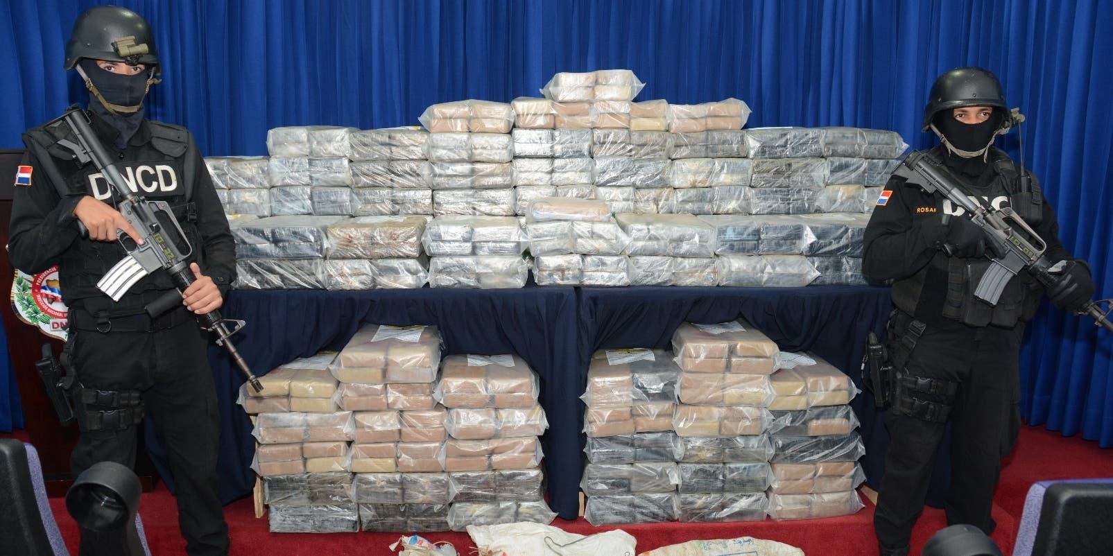 Cada semana entre 700 y una tonelada de coca llega a RD