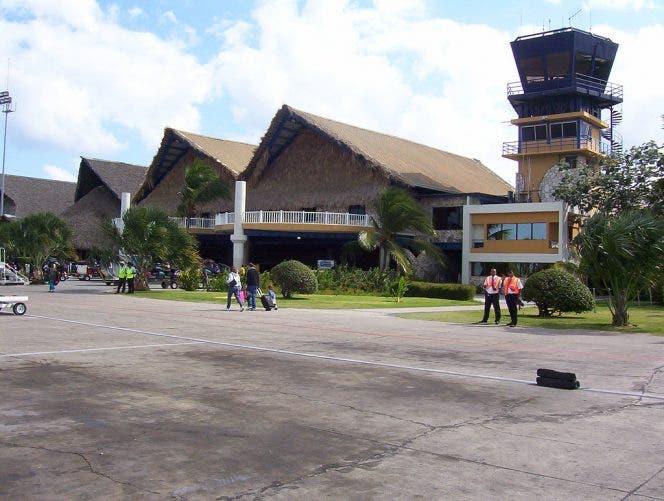 Aerolínea canadiense Swoop anuncia nueva ruta directa desde Toronto al Aeropuerto de Punta Cana