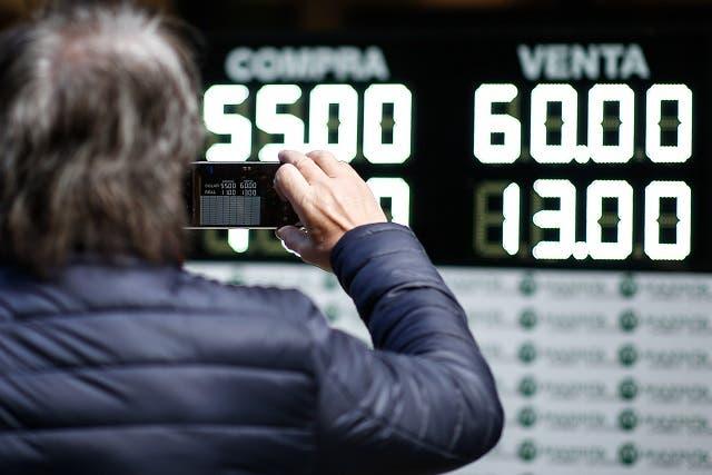Argentina: mercados se asustan tras victoria de Fernández