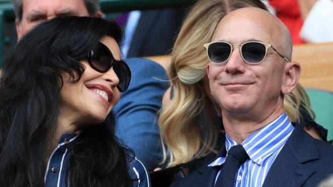La fortuna de Jeff Bezos, el hombre más rico del mundo, disminuyó en US$3.400 millones.