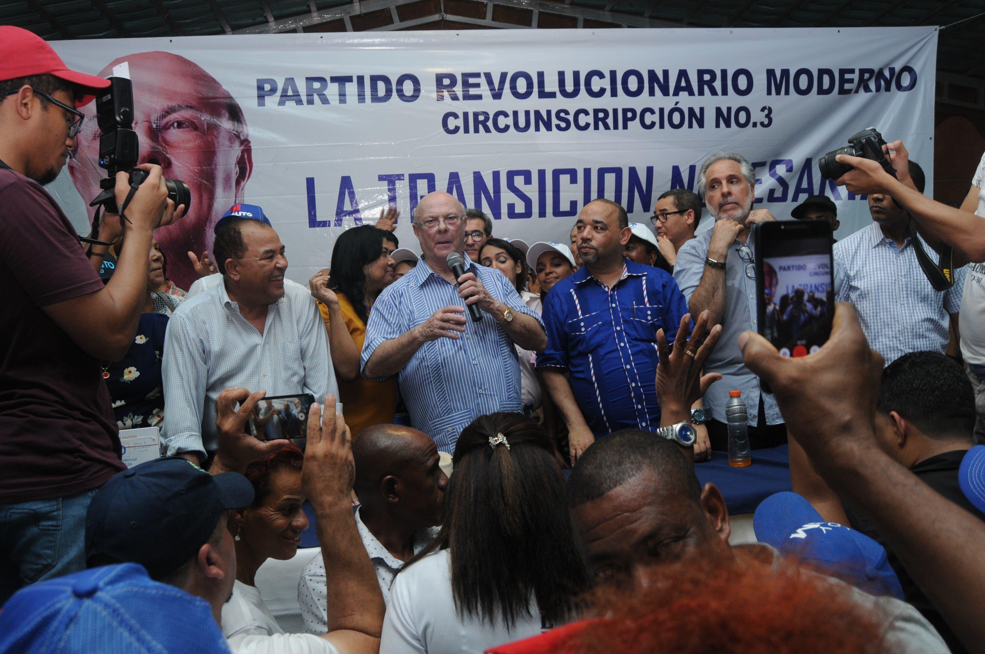 Hipólito ampliaría planes Inespre; dice tiene votos asegurados para ganar convención