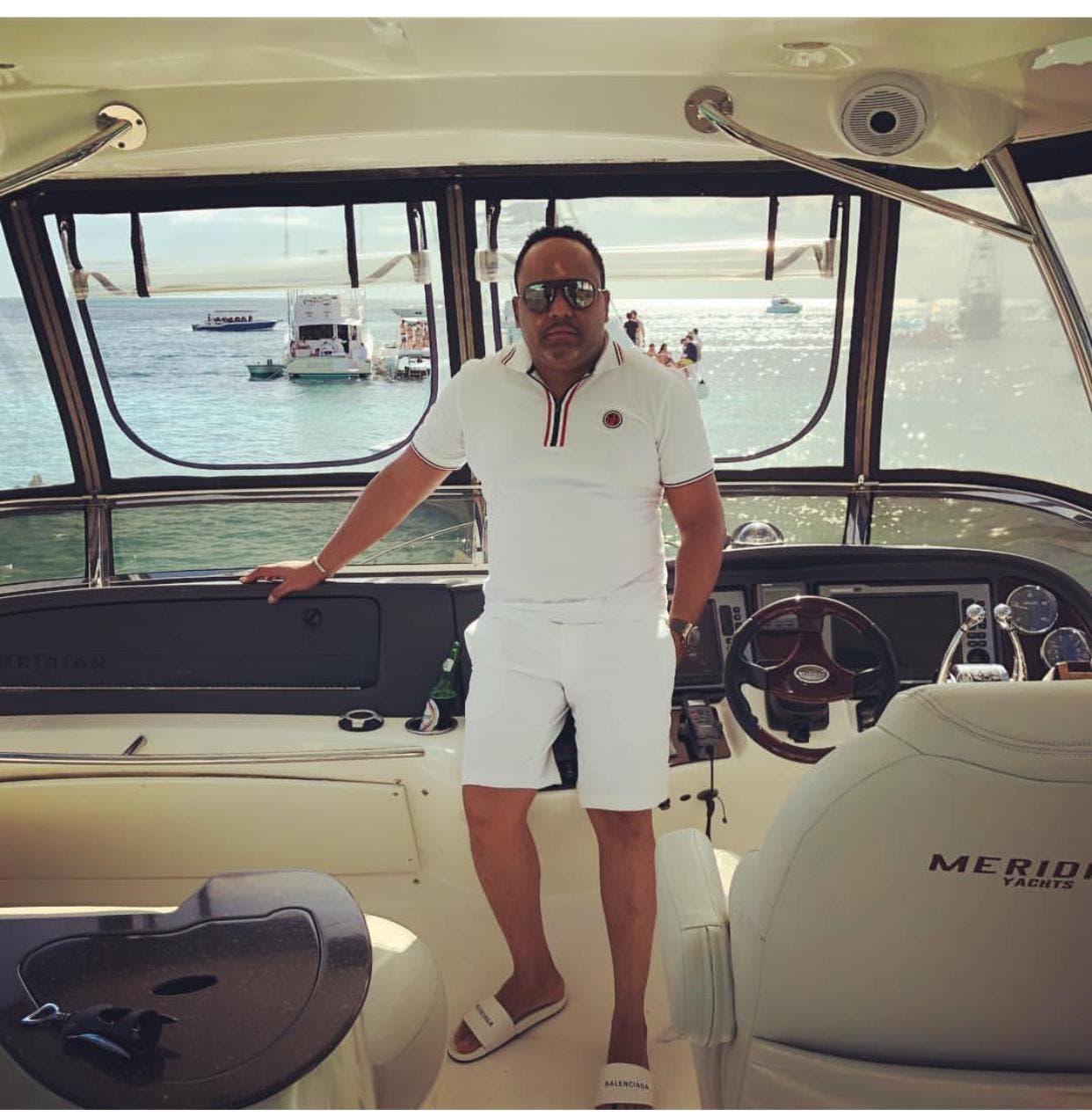 """César Emilio Peralta, """"El Abusador"""", es propietario de las principales discotecas de Santo Domingo."""