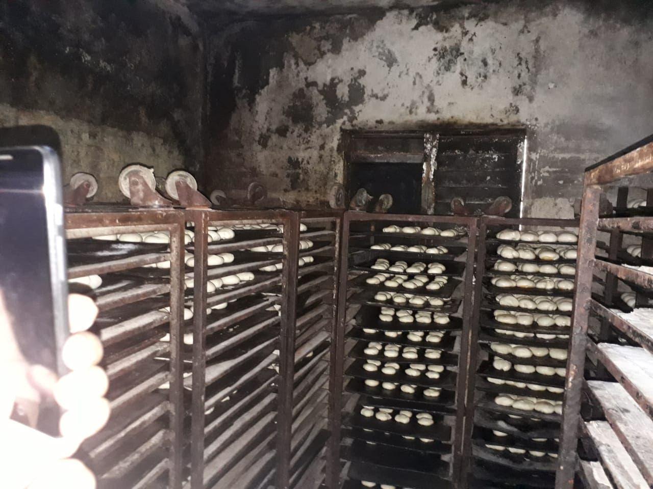 Pro Consumidor cierra dos panaderías en Herrera por contaminación y poca higiene