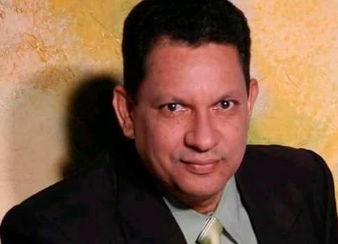 Luis Manuel Soto, locutor.