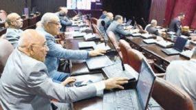 Ambas leyes fueron logradas por consenso con los legisladores de la oposición.   JOSE DE LEÓN