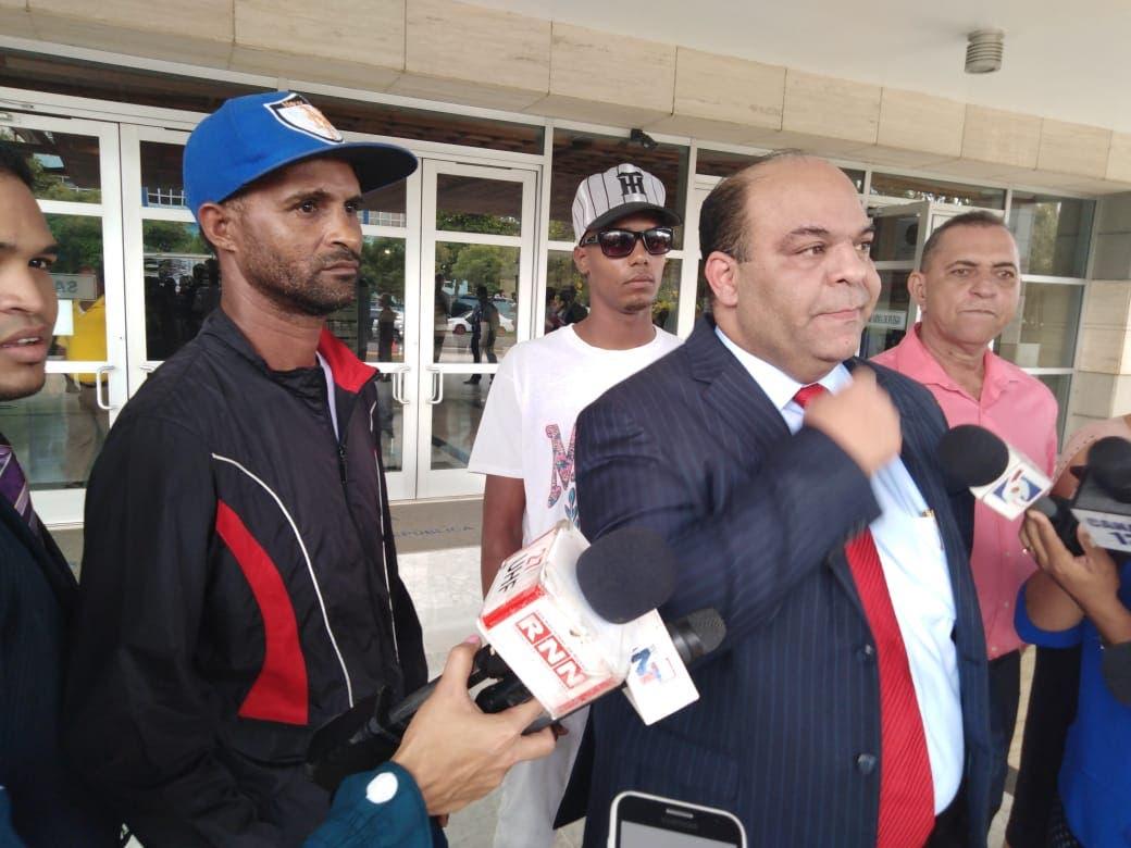 Tres personas han sido interrogadas por caso barbería de Villa Vásquez