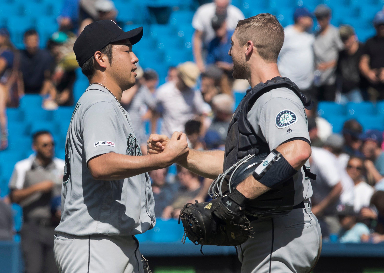 Yusei  Kikuchi lanza primera blanqueada y Marineros ganan