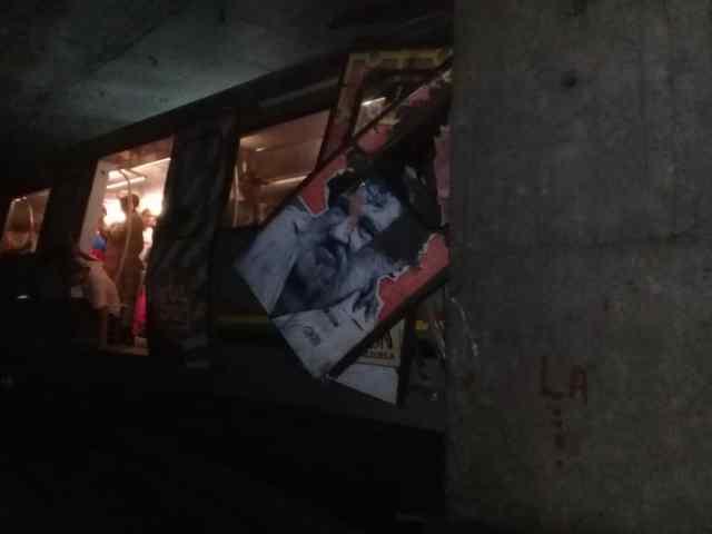 Al menos ocho lesionados tras descarrilarse un tren del metro de Caracas