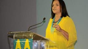 Minou Tavárez Mirabal  vicepresidente de ALPAÍS.