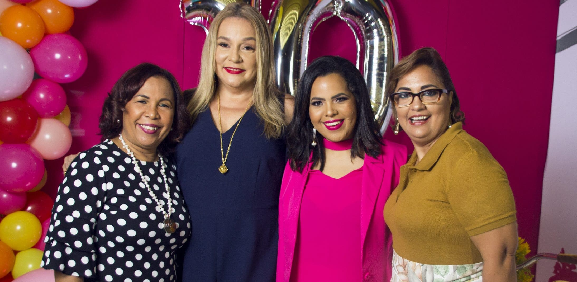 Zoila Puello, Jatnna Tavárez, Marielle Araujo y Anny Abate.